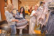 Bettina Assinger Kollektion - Jones Store - Di 12.05.2015 - Barbara REICHARD, Eva WEGROSTEK, Doris ROSE67