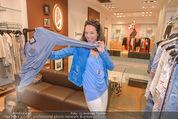 Bettina Assinger Kollektion - Jones Store - Di 12.05.2015 - Vera RUSSWURM75