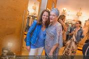 Bettina Assinger Kollektion - Jones Store - Di 12.05.2015 - Vera RUSSWURM, Andrea BUDAY95
