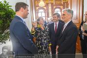 Staatsakt 60 Jahre Staatsvertrag - Oberes Belvedere - Fr 15.05.2015 - Agnes HUSSLEIN, Josef OSTERMAYER, Werner FAYMANN mit Molotowglas41