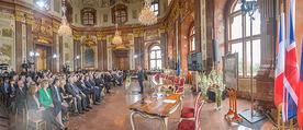 Staatsakt 60 Jahre Staatsvertrag - Oberes Belvedere - Fr 15.05.2015 - �bersichtsfoto Panorama G�ste Regierung Ansprache Marmorsaal91