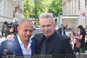 Lifeball Audi Enthüllung - Musikvereinsplatz - Sa 16.05.2015 - Gery KESZLER, Jean-Paul GAULTIER7