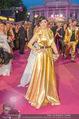 Lifeball Red Carpet - Rathaus - Sa 16.05.2015 - Eva POLESCHINSKI110