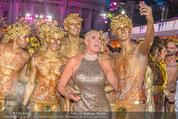 Lifeball Red Carpet - Rathaus - Sa 16.05.2015 - Brigitte NIELSEN126