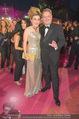 Lifeball Red Carpet - Rathaus - Sa 16.05.2015 - Andr� RUPPRECHTER mit Ehefrau168