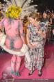 Lifeball Red Carpet - Rathaus - Sa 16.05.2015 - Hannelore ELSNER mit fast nacktem Gast, Busenfrau189