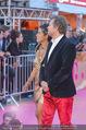 Lifeball Red Carpet - Rathaus - Sa 16.05.2015 - Jennifer ROSE, Markus BREITENECKER53