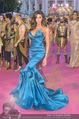Lifeball Red Carpet - Rathaus - Sa 16.05.2015 - Yasmine PETTY81