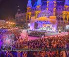 Lifeball Eröffnung - Rathaus - Sa 16.05.2015 - Rathausplatz, Menschenmenge, �bersichtsfoto16