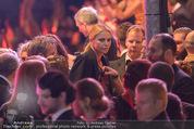 Lifeball Eröffnung - Rathaus - Sa 16.05.2015 - Charlize THERON, Sean PENN43