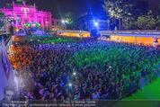 Lifeball Eröffnung - Rathaus - Sa 16.05.2015 - Rathausplatz, Menschenmenge, �bersichtsfoto74