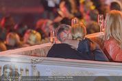 Lifeball Eröffnung - Rathaus - Sa 16.05.2015 - Charlize THERON, Sean PENN (kuschelnd, k�ssend)85
