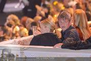 Lifeball Eröffnung - Rathaus - Sa 16.05.2015 - Charlize THERON, Sean PENN90