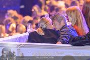 Lifeball Eröffnung - Rathaus - Sa 16.05.2015 - Charlize THERON, Sean PENN (kuschelnd, k�ssend)98