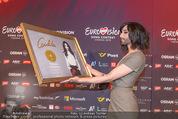 Conchita Wurst PK - Stadthalle Wien - Do 21.05.2015 - Conchita WURST mit Platin-Auszeichnung Platte48