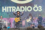 The MakeMakes Live - Rathausplatz - Do 21.05.2015 - THE MAKEMAKES live (Konzertfoto, B�hnenfoto)16