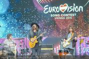 The MakeMakes Live - Rathausplatz - Do 21.05.2015 - THE MAKEMAKES live (Konzertfoto, B�hnenfoto)18
