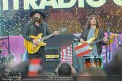 The MakeMakes Live - Rathausplatz - Do 21.05.2015 - THE MAKEMAKES live (Konzertfoto, B�hnenfoto)19