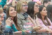The MakeMakes Live - Rathausplatz - Do 21.05.2015 - Konzertbesucher, Fans, Zuschauer26