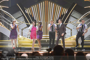 SongContest GP - Wiener Stadthalle - Fr 22.05.2015 - Electro VELVET (Gro�britannien, England)63