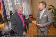 Goldenes Verdienstzeichen Michael Kunze - Rathaus - Mi 10.06.2015 - Michael KUNZE, Uwe KR�GER14