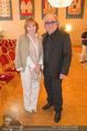 Goldenes Verdienstzeichen Michael Kunze - Rathaus - Mi 10.06.2015 - Sylvester LEVAY mit Ehefrau Monika3