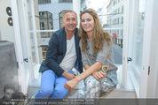 Opening - Cashmere & Silk Store - Do 11.06.2015 - G�nter (G�nther) UNGER, Celine ROSCHEK114
