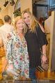 Opening - Cashmere & Silk Store - Do 11.06.2015 - Michou FRIESZ, Susanne MICHEL171