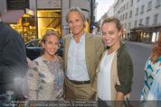 Opening - Cashmere & Silk Store - Do 11.06.2015 - Nadine AL WAZZAN, Christian NIEDERMEYER, Liliana KLEIN174