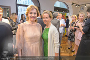 Opening - Cashmere & Silk Store - Do 11.06.2015 - Viktoria SAAVA, Camilla HABSBURG98