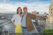 Peschev Kollektionspräsentation - Penthouse am Stephansplatz - Di 16.06.2015 - Niki LAUDA mit Ehefrau Birgit113