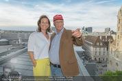 Peschev Kollektionspräsentation - Penthouse am Stephansplatz - Di 16.06.2015 - Niki LAUDA mit Ehefrau Birgit114