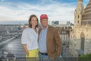 Peschev Kollektionspräsentation - Penthouse am Stephansplatz - Di 16.06.2015 - Niki LAUDA mit Ehefrau Birgit115