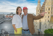 Peschev Kollektionspräsentation - Penthouse am Stephansplatz - Di 16.06.2015 - Niki LAUDA mit Ehefrau Birgit117