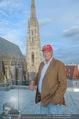 Peschev Kollektionspräsentation - Penthouse am Stephansplatz - Di 16.06.2015 - Niki LAUDA (Portrait vor dem Stephansdom)125