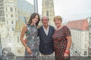 Peschev Kollektionspräsentation - Penthouse am Stephansplatz - Di 16.06.2015 - Anelia PESCHEV, Reinhard K�CK, Maria RAUCH-KALLAT14