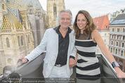 Peschev Kollektionspräsentation - Penthouse am Stephansplatz - Di 16.06.2015 - Vera RUSSWURM, Peter HOFBAUER54