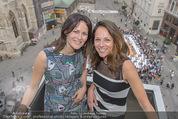 Peschev Kollektionspräsentation - Penthouse am Stephansplatz - Di 16.06.2015 - Vera RUSSWURM, Anelia PESCHEV61