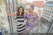 Peschev Kollektionspräsentation - Penthouse am Stephansplatz - Di 16.06.2015 - Vera RUSSWURM, Andrea BUDAY73