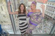 Peschev Kollektionspräsentation - Penthouse am Stephansplatz - Di 16.06.2015 - Vera RUSSWURM, Andrea BUDAY74