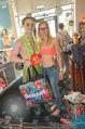 Seminaked - Desigual - Mi 17.06.2015 - Shopping im Bikini, Badehose, Badeoutfit119