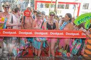 Seminaked - Desigual - Mi 17.06.2015 - Start, Einlass, Shoppingbeginn, Sturm aufs Gesch�ft75