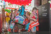 Seminaked - Desigual - Mi 17.06.2015 - Start, Einlass, Shoppingbeginn, Sturm aufs Gesch�ft79
