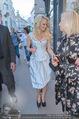 Pamela Anderson Shoppingtour - Innenstadt Wien - Do 18.06.2015 - Pamela ANDERSON spaziert durch Wien Vienna mit Weinglas24