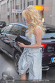 Pamela Anderson Shoppingtour - Innenstadt Wien - Do 18.06.2015 - Pamela ANDERSON bei Weisz3