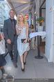 Pamela Anderson Shoppingtour - Innenstadt Wien - Do 18.06.2015 - Pamela ANDERSON spaziert durch Wien Vienna mit Weinglas30