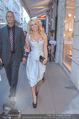 Pamela Anderson Shoppingtour - Innenstadt Wien - Do 18.06.2015 - Pamela ANDERSON spaziert durch Wien Vienna mit Weinglas33