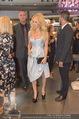 Pamela Anderson Shoppingtour - Innenstadt Wien - Do 18.06.2015 - Pamela ANDERSON bei Weisz4