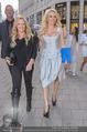 Pamela Anderson Shoppingtour - Innenstadt Wien - Do 18.06.2015 - Pamela ANDERSON spaziert durch Wien Vienna mit Weinglas69
