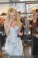 Pamela Anderson Shoppingtour - Innenstadt Wien - Do 18.06.2015 - Pamela ANDERSON bei Weisz7